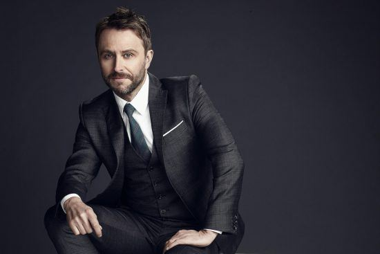 Chris Hardwick dans un costume